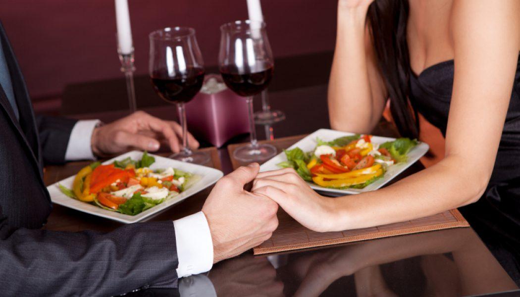 Consejos para hacer una comida romántica